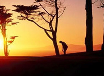 golfista-puesta-de-sol.jpg
